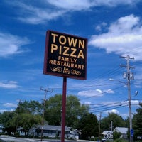 Photo taken at Town Pizza & Family Restaurant by Maritza M. on 5/27/2011