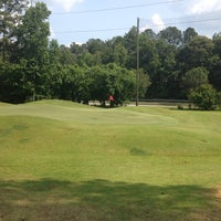 Photo taken at Fox Creek Golf Course and Driving Range by Carlos S. on 5/25/2012