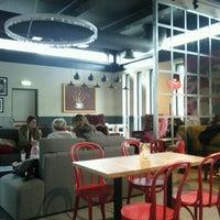 Foto tirada no(a) Costa Coffee Metropolitan por Aurimas em 1/7/2012