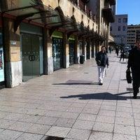 Foto diambil di Estación de Oviedo oleh Moisés C. pada 4/16/2012