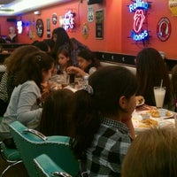 Photo taken at Roadster Diner by Wassim H. on 11/5/2011