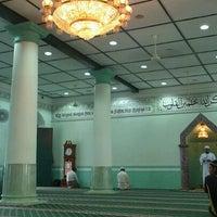 Photo taken at Jamae Mosque (Chulia) by Dawoodsha M. on 11/11/2011