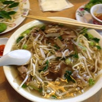 Photo taken at Pho Hana by Dee L. on 9/9/2012