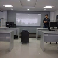 Photo taken at SMART ANIMATION ACADEMY (CHARACTER ANIMATION) by Kapil N. on 10/26/2011