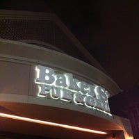 Foto tomada en Baker St. Pub & Grill por Anil N. el 4/15/2012