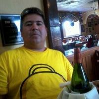 Foto tomada en Uno Pizzeria & Grill - Orlando por Luis Armando M. el 1/6/2012