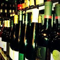 Das Foto wurde bei Drop Shop von Radim S. am 10/27/2011 aufgenommen