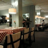 Foto diambil di Hotel Augusta oleh Luis B. pada 10/1/2011