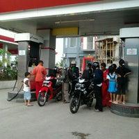 Photo taken at Pasar Bandar Buat by Apriyandi &. on 1/8/2012