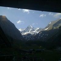 Photo taken at Alpengasthof Lucknerhaus by Wouter Q. on 6/2/2012