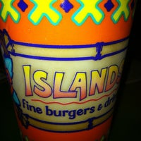 Photo taken at Islands Restaurant by Rod on 7/23/2011