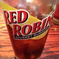 Photo taken at Red Robin Gourmet Burgers by Mark on 7/10/2012