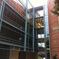 Photo taken at UCLA Terasaki Life Sciences Building by Victor V. on 9/10/2011