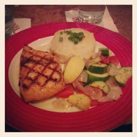 Photo taken at T.G.I. Friday's by KahYann C. on 4/22/2012