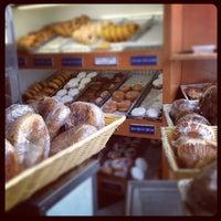 Foto tirada no(a) Quality Cafe por Ruben S. em 11/2/2011