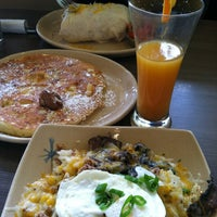 Photo taken at Snooze by Nicole M. on 5/13/2012