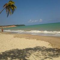 Foto tirada no(a) Praia do Carro Quebrado por Fernanda S. em 1/7/2012