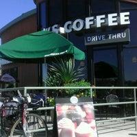 Photo taken at Starbucks by Dutch V. on 10/16/2011