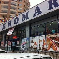 Photo taken at Makro Market by eHaSiMa H. on 6/26/2011