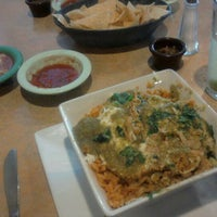 12/28/2011 tarihinde Charmaine C.ziyaretçi tarafından La Tapatia Mexican Restaurant and Cantina - Concord'de çekilen fotoğraf