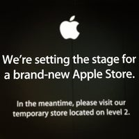 Photo taken at Apple Store by Shelley C. on 8/29/2012
