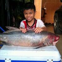 Photo taken at Taman Pertama Fasa 3 by Luis A. on 3/4/2012