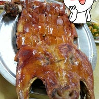 Photo taken at Kian Seng Seafood Restaurant 建成海鲜馆 by Serene L. on 7/14/2012