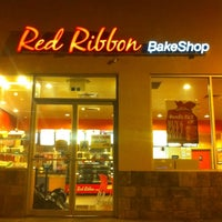 Photo taken at Red Ribbon by Carlyn E. on 2/24/2012