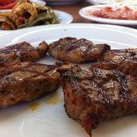 5/6/2012 tarihinde Mert Eren s.ziyaretçi tarafından Kırkpınar Kasap & Restaurant'de çekilen fotoğraf