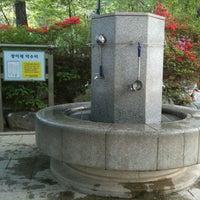 Photo taken at 칠보산 광어재 약수터 by Seogwon J. on 5/5/2012