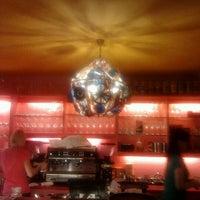 Das Foto wurde bei Afro Cafe von Marina am 7/31/2012 aufgenommen