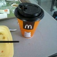 Foto tomada en McDonald's por henro i. el 4/26/2012