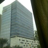 รูปภาพถ่ายที่ Menara MTH โดย Denu S. เมื่อ 7/6/2012