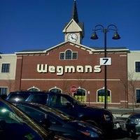 2/9/2012にLaChelle R.がWegmansで撮った写真