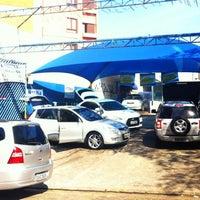 Photo taken at Vitoria Estetica Automotiva by Nickolas S. on 7/22/2012