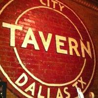 Das Foto wurde bei City Tavern von Courtney H. am 3/31/2012 aufgenommen