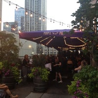 Photo prise au The Purple Pig par Courtney M. le7/11/2012