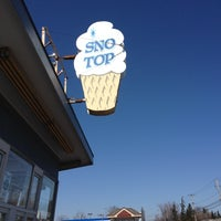 Photo taken at Sno Top by Erin Izzy G. on 3/17/2012