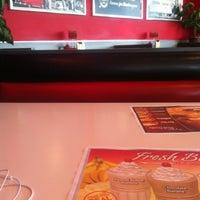 Photo taken at Steak 'n Shake by Macy V. on 6/5/2012
