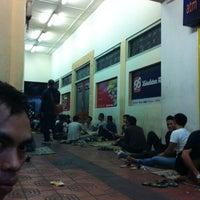 Photo taken at Angkringan KR Mangkubumi by gede m. on 5/9/2012