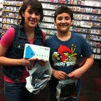 Photo taken at GameStop by Víctor J. P. on 7/28/2012