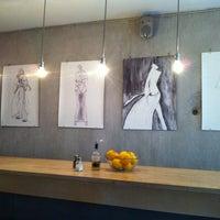 Das Foto wurde bei Kaffeemitte von fuenf n. am 8/30/2012 aufgenommen