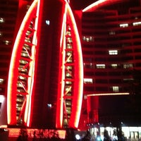 8/17/2012 tarihinde Annziyaretçi tarafından Jumeirah Bilgah Beach Hotel'de çekilen fotoğraf