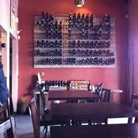 5/18/2012にMoises L.がCafe 21で撮った写真