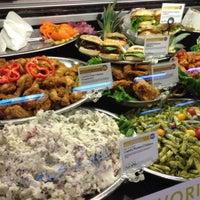 Foto scattata a Whole Foods Market da scott s. il 8/20/2012