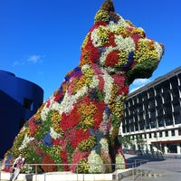 7/9/2012에 Nasser Diego A.님이 Puppy (Guggenheim)에서 찍은 사진