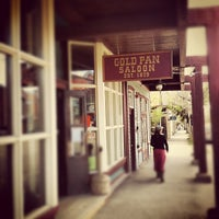 Foto tomada en Gold Pan Saloon por Stacy S. el 5/5/2012