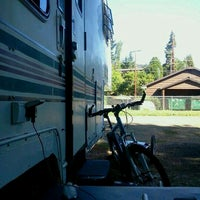 Photo taken at River's Edge Mobile & RV Park by Dean B. on 9/3/2012