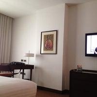 Foto tirada no(a) LIDOTEL Hotel Boutique por Holman F. em 5/23/2012