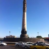Foto tomada en Glorieta Monumento a Los Niños Héroes por Bernardo E. el 4/12/2012
